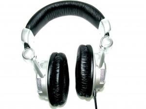 CopyHeadphones